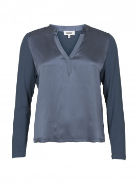 Blue on Blue Femme Vega silk V-neck - Marine